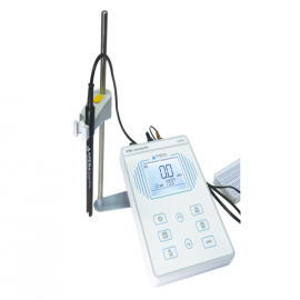 EC700 Benchtop Conductivity Meter Kit